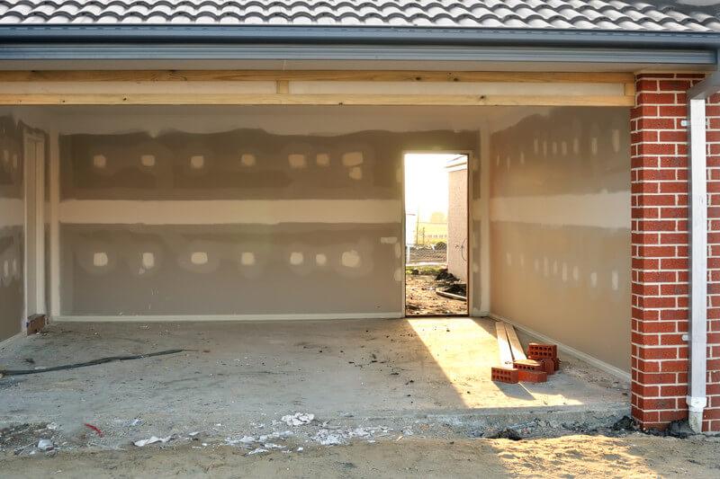 Prep the Garage Door Before Painting