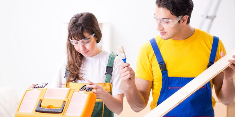 10 Things To Check Before Hiring Professional Painters
